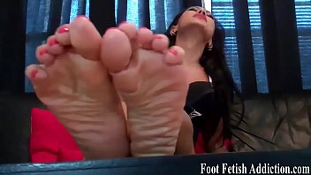 mild toes soles and Rie hinako anal girlfriend 1 by packmans