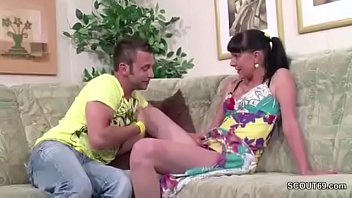wakes son sister mum seduces Animated asian gets penetrated and wants to cum