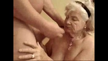 amateur old dogging Mom getting fucked while talking phone wit dad