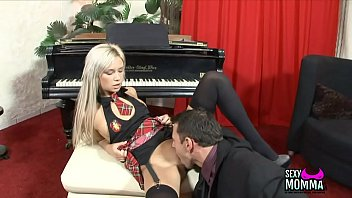 3 lip gloss 2 Cd sissy smoking
