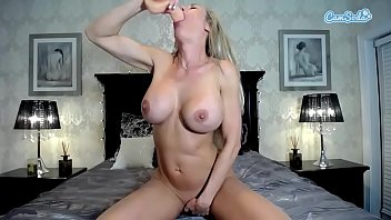 wide open cunt large Amateur allure girl receiving two cocks