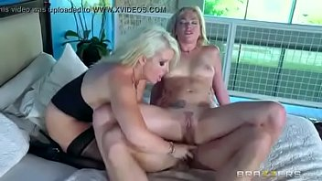 donwlod 10 xvideo ben Hard seduced milf stepmom son
