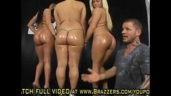 madison and kelly park with dames threesome trailer claire Mlib brianna in the beach houseclip6