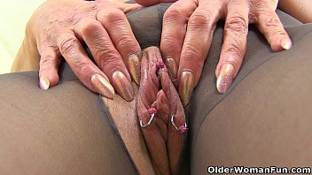 super hot her peeing pantyhose lady through Jerk off to lesbian anal porn