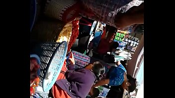 mercado el en muestra se Girls fucking and squinting all over the dick