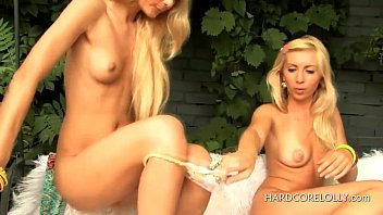 seduces young therapist lesbian Arabic girl soles