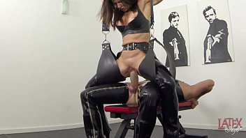 boots latex and gloves Inzest german mutter