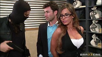 shopping madison fucks ivy on spree Handsome fiipino boys dicks cum