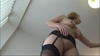 english wives toilet in mature Russian drunk aunt
