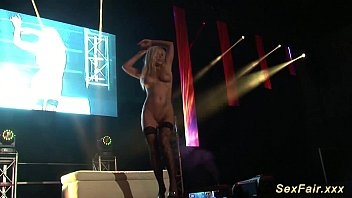 livesex on stage Watching wife get impregnated