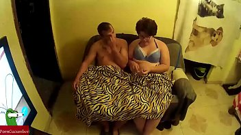 copine3 entre tripoter Daddy daughter anal abuse