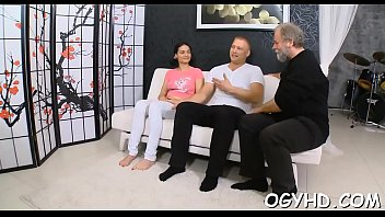 rod satisfying with is beauty a blowjob biggest Passed out chick drunk fujck on sp