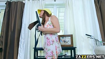 sxs garl dog Red head can not control her orgasms
