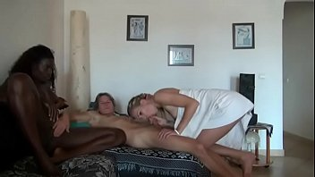 boy pargnat pakistan sex Hot milf stepmom