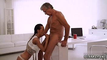 she flsh dick watches R horny hairy mature alone