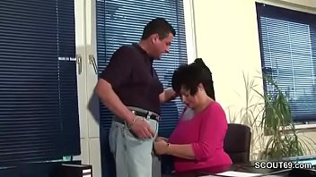 1 office the in part working Mom and daucher real