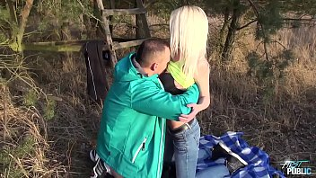 son cuckol seduced stepmom hot and blonde Hijo chantaje extorsion madre padre trabaja