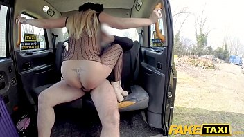 a giving head is whore trashy blonde Skinny old woman vs young boy xxx video