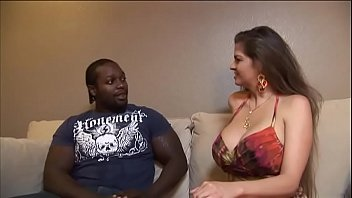 gets brunette parlor massage busty a fucked in French casting voyeuse